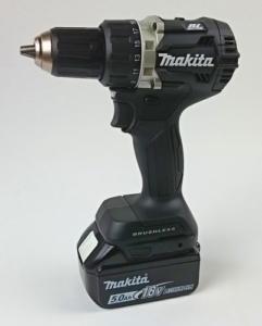 Foto vom Makita DDF484RTJ Akku Bohrschrauber in der Black-Edition Version